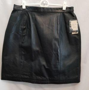 NWT Black Leather Skirt sz 14 Wilsons